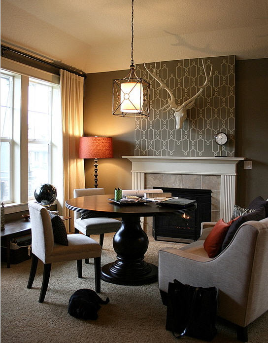 Accent walls emphasize a focal point evelyn 39 s blog for Front room wallpaper ideas